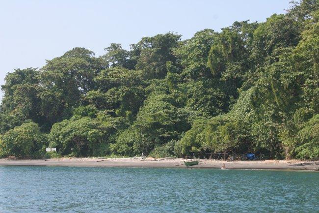 krakatau_beach.jpg