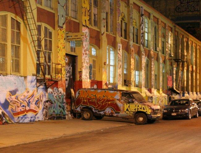 mere_graffiti.jpg