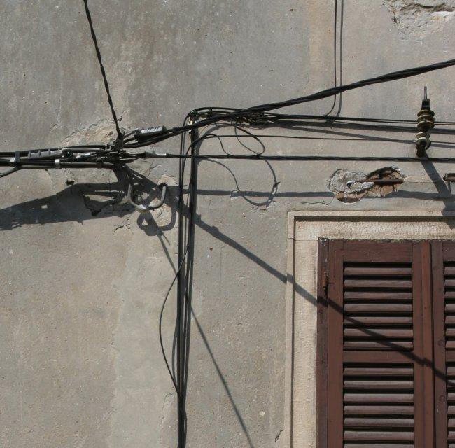 wire_corner.jpg