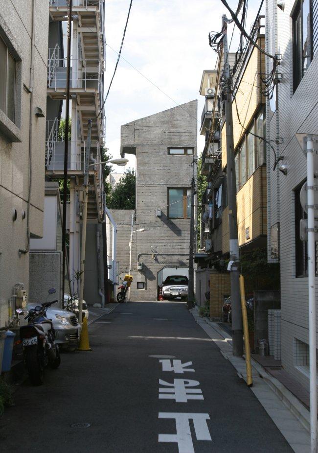 small_street.jpg